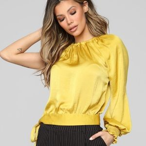 Brand New w tag Fashion Nova top mustard